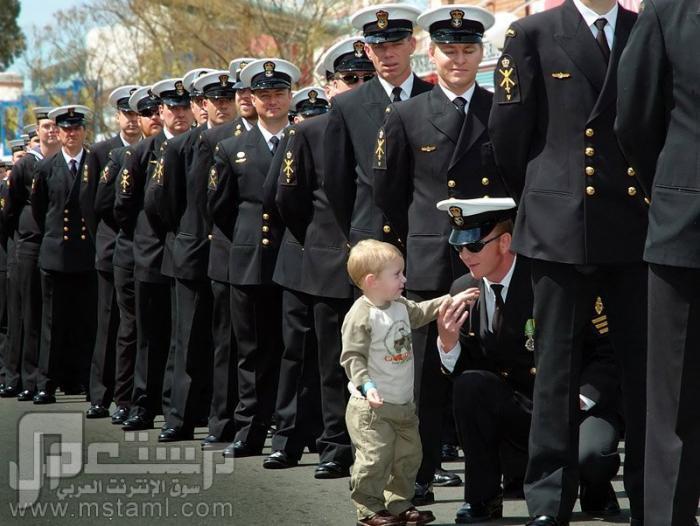 صور جميلة وغريبة وطريفة أنشالله أذا كبرت بأصير عسكري وأصف طابور معكم
