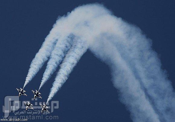 صور جميلة وغريبة وطريفة أستعراض طائرات3
