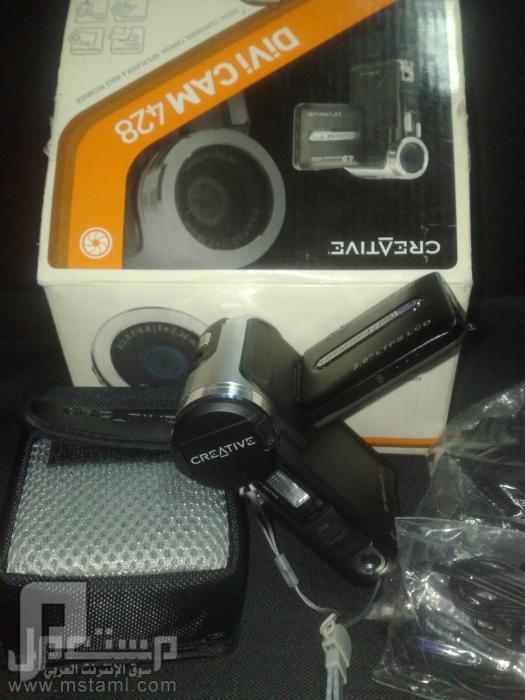 كاميرا ديجيتل للبيع ب 400 ريال فقط استخدام بسيط