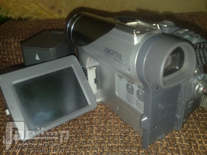 كاميرا فيديو باناسونيك شريط صغير