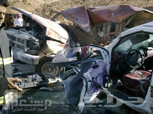 لاحظ إيرباق الهايلكس لم يخرج اثناء الحادث2012