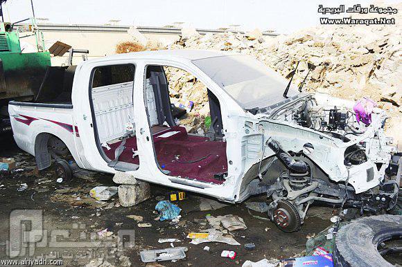 مكافآت مالية لإعادة سياراتهم المسروقة ...! الهايلوكس 2011م هيكل عظمي تشليح