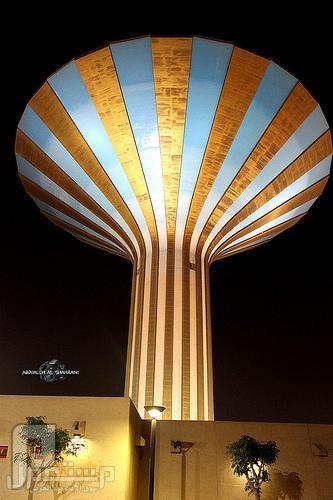 برج الأذاعة وبرج المياه في الرياض أصبح جزء من الماضي والذكريات برج المياه