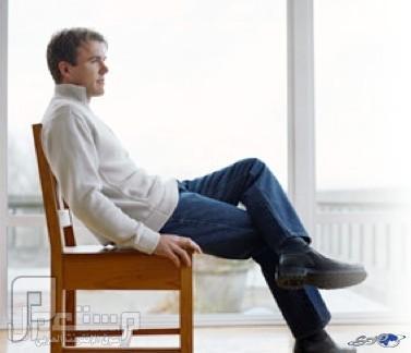 دراسة: الجلوس طويلاً يزيد تراكم الدهون الضارة حول القلب