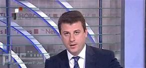 انشقاق مذيع في التلفزيون السوري: لا تظلموا كل زملائي فكثيرون منهم معارضون المذيع في التلفزيون السوري الرسمي أحمد فاخوري
