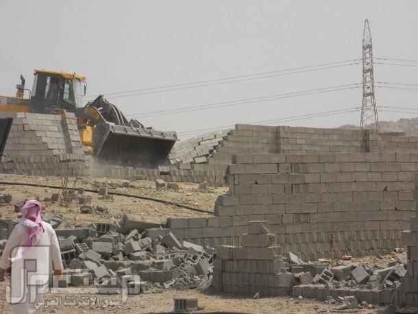 الحذر الحذر من شراء ارض بوثيقه .. إزالة 12 ألف متر مربع من الأحواش بدون صكو