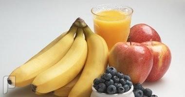 دراسة.. تناول الفاكهة أكثر فائدة من العصير