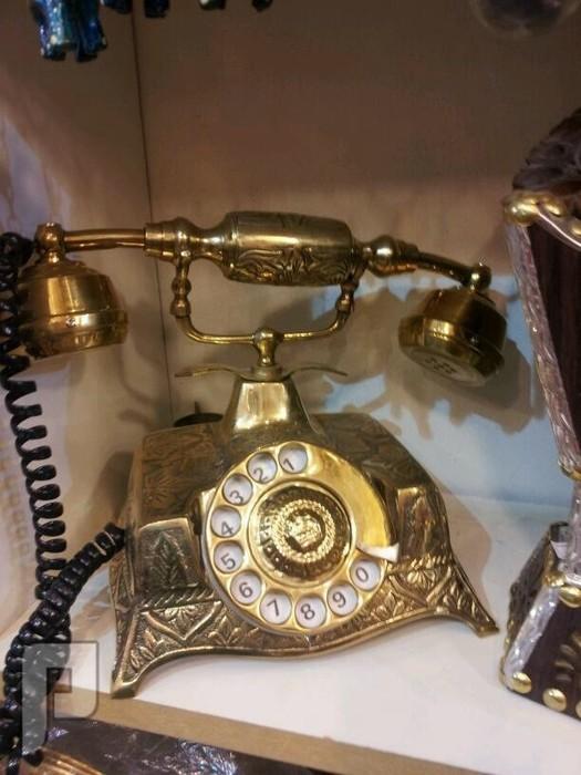 مقتنيات قديمة هاتف جديد نحاس يعمل وجديد 350 ريال