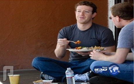 6 ملايين دولار دخل مؤسس فيس بوك يومياً