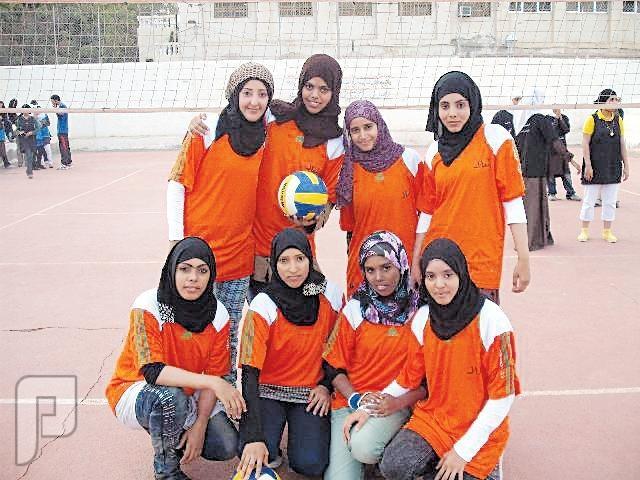 الامارات تطلق دوري كرة قدم للنساء