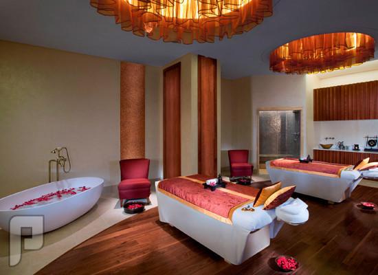 """بالصور.. فنادق """"جنة"""" وسر الرقم 42 في الإمارات خصّصت فعاليات للزوار السعوديين"""