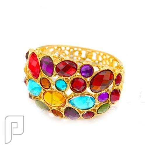 تشكيلة مجوهرات رقم 1 : خواتم , بروشات , أساور , سلاسل , كوليهات &quote;أسورة رائعة متعددة الألوان ماركة special &quote; السعر 175 ريال