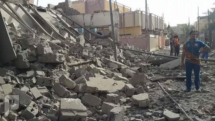 لحضة قصف مدينة الفلوجة بالصور بالبراميل والصواريخ حي الضباط