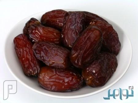 """استشاري يكشف فوائد جديدة لتناول """"التمر"""" في شهر رمضان"""
