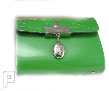 مجموعة من المحافظ النسائية المتميزة محفظة للكارنيهات والبطاقات اللون أخضر