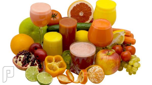 خبراء الصحة يحذرون من الإفراط في تناول العصير