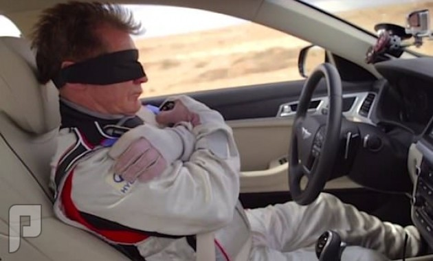 سيارات هيونداي جينيسيس 2015 تسير بدون سائقين