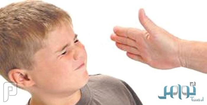 ضرب الطفل على رأسه يصيبه بالأمراض العصبية وألزهايمر