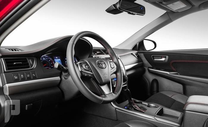 كامري 2015 المواصفات و الأسعار و الصور للسيارة تويوتا كامري