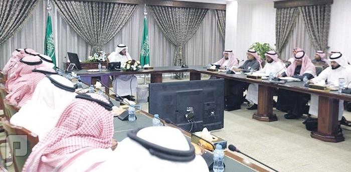وزير الإسكان : جدولة مواعيد تسليم المواطنين وحداتهم السكنية