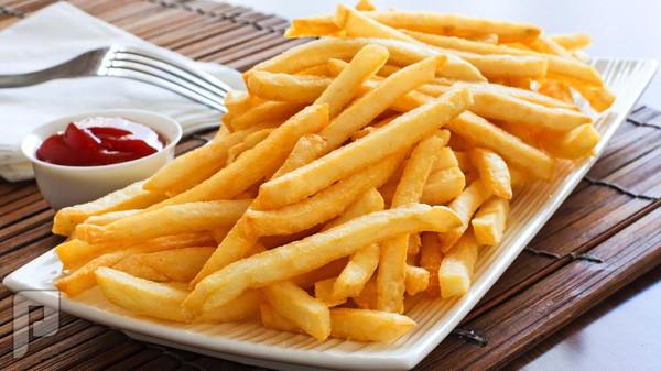 الأطعمة المقلية تصيب بأمراض القلب