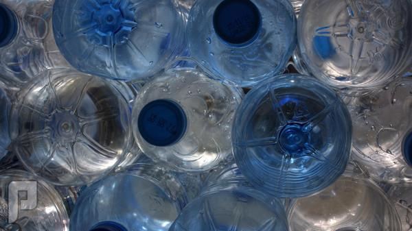 كاليفورنيا تحذر من أضرار عبوات البلاستيك على الإنجاب