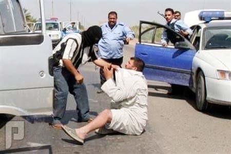أهل  السنة  والجماعة  في  العراق  يحرقون  ويعتقلون السيطرات  الوهميه  ببغداد لااعتقال  السنة