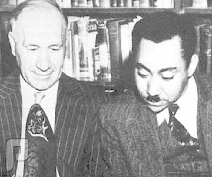 التقرير المفصل لعلاقة سيد قطب بالاستخبارات الامريكية من ماسوني ظاهرا لاسلامي ظاهرا بعد رحلة أمريكا