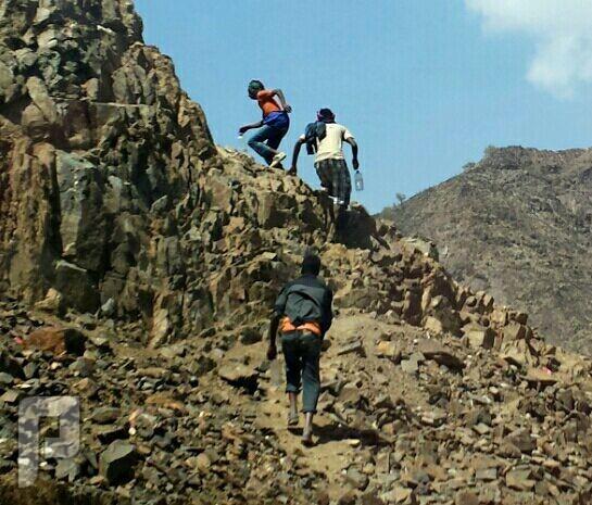 مجموعة اثيوبيين يتسللون عن طريق وادي بيشة اثيوبيين متسللين
