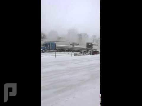 حوادث عنيفة من الثلوج في امريكا حوادث عنيفة من الثلوج في امريكا