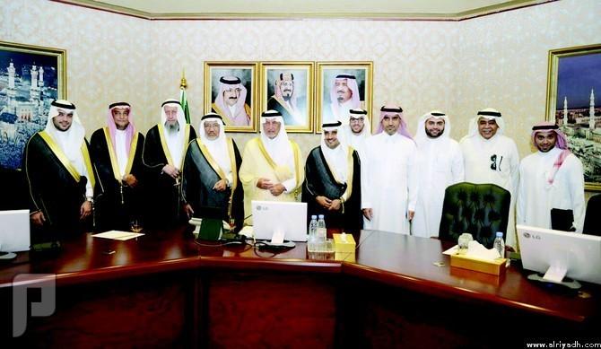 أمير مكة يبارك إنشاء أول جامعة أهلية بتخصصات طبية