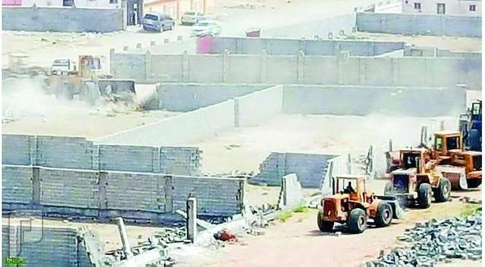 الإمارة تحصر الممتلكات المعتدى عليها في «وادي عمق