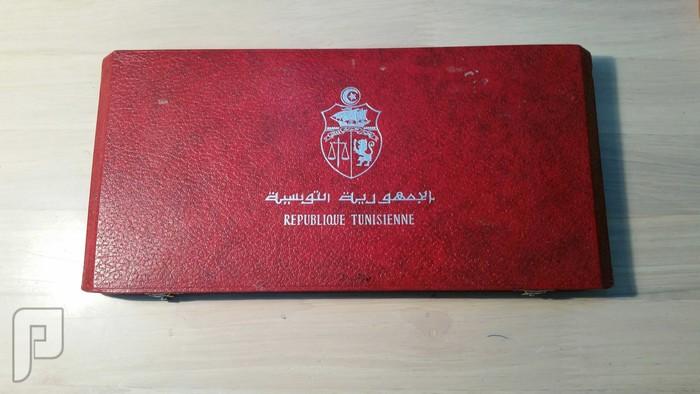 10 تذكارات تونسية للحبيب بورقيبه داخل علبه فخمه