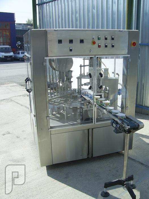ماكينة تعبئة المياه في كاسات
