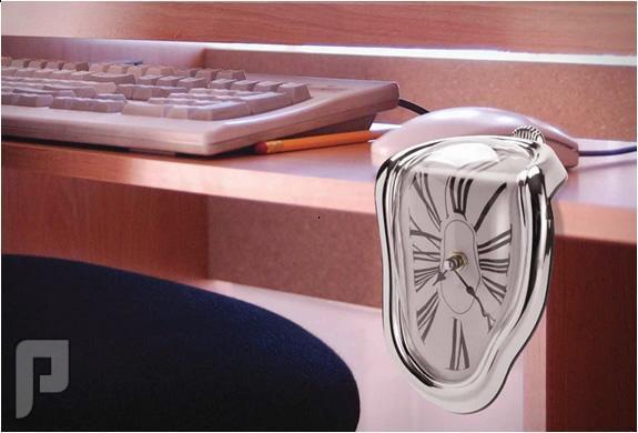 الساعة الذائبة