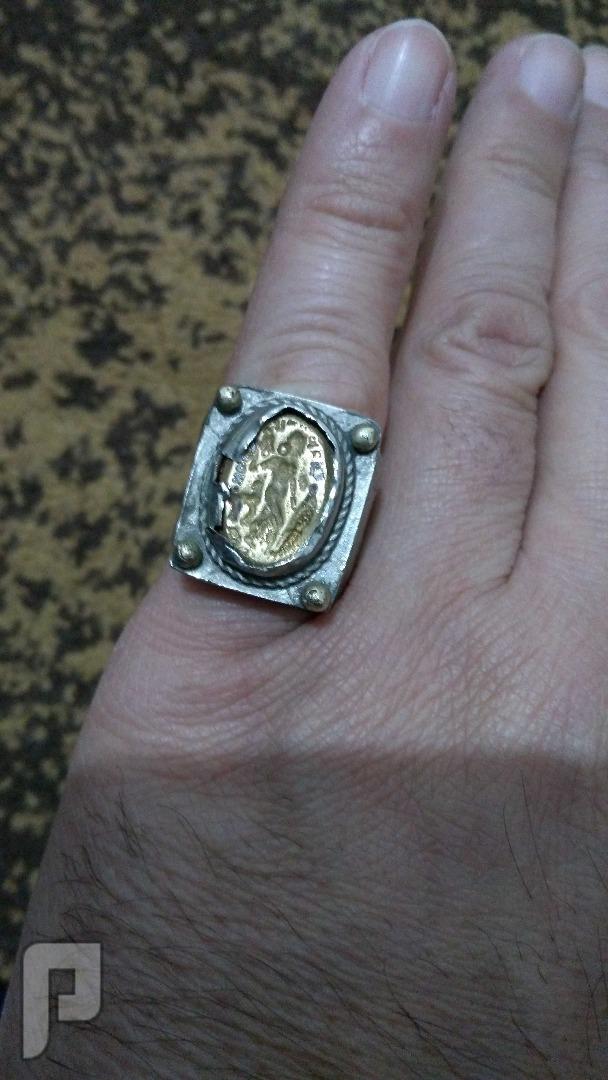 خاتم نادر وقديم