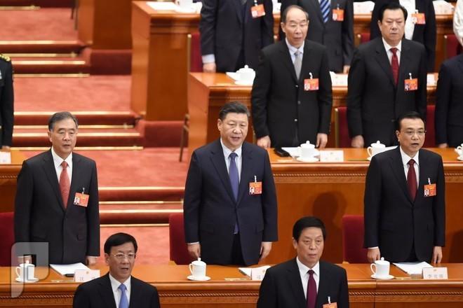 الصين تخوض معركة للدفاع عن نموها الاقتصادي