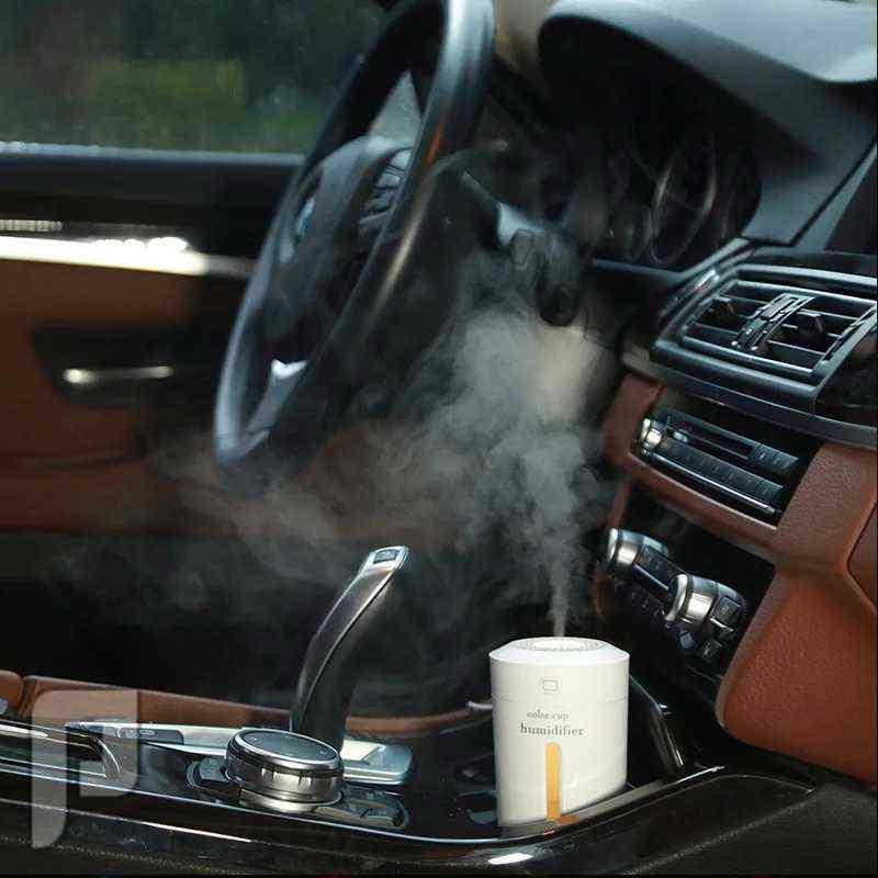 فواحات عطريه  للسياره والمكتب تشعرك بالسعاده والتميز توزع العطر  وترطب الجو