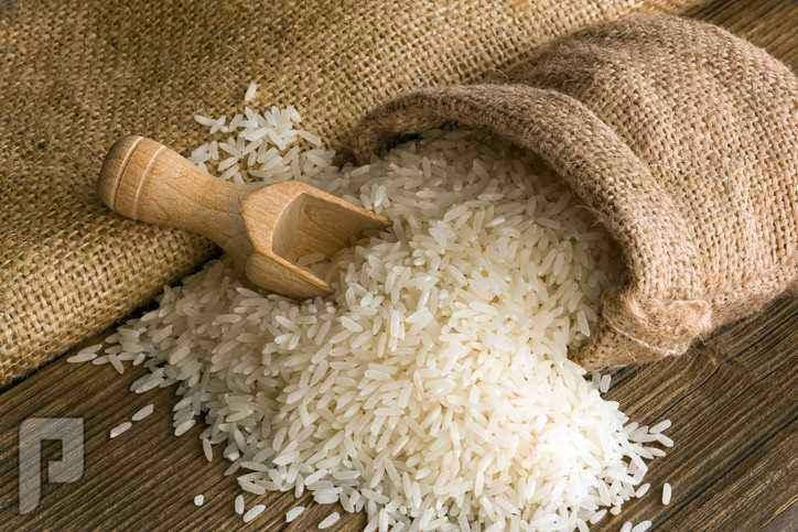 من لديه خبرة أو تجربة في تجارة جملة الأرز يدخل