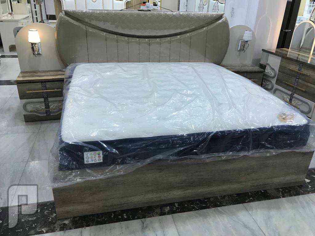 عرض 🤗🤗🤗خاص غرف نوم انيقة تتميز بانارة داخليه