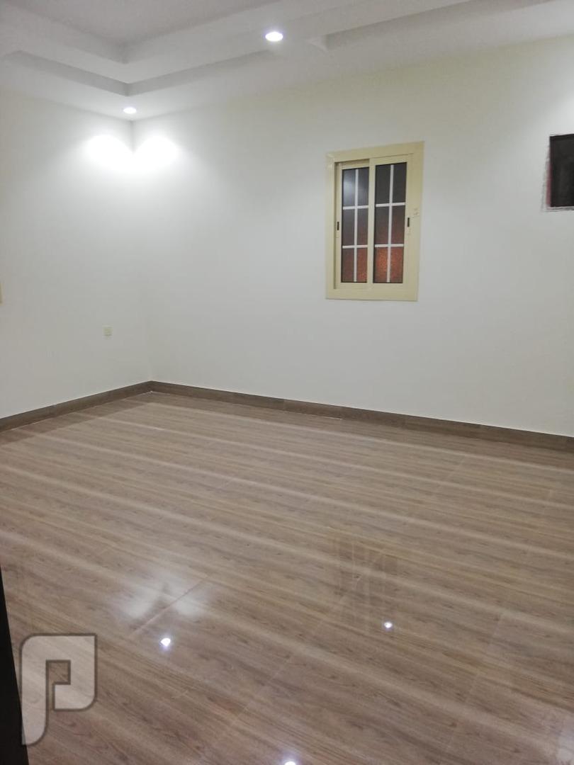 اغتنم الفرصه وتملك شقة 5غرف جاهزه للسكن من المالك مباشره بسعر منافس  قريب م