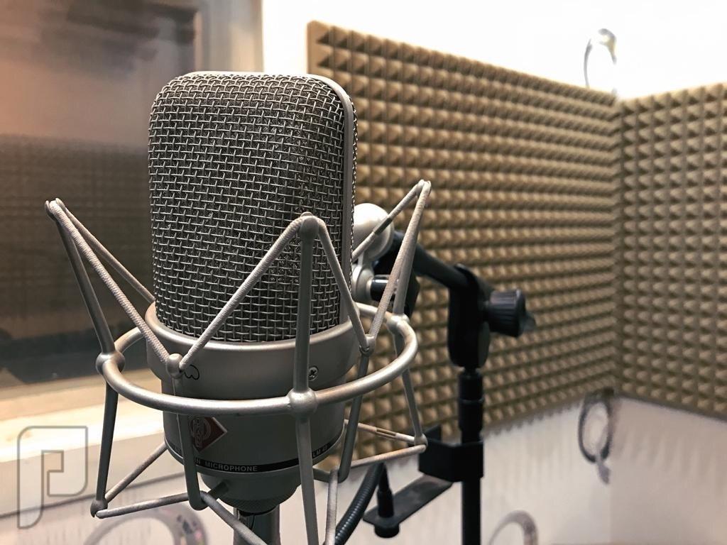 ستوديو صوتيات في خميس مشيط غرفة التسجيل