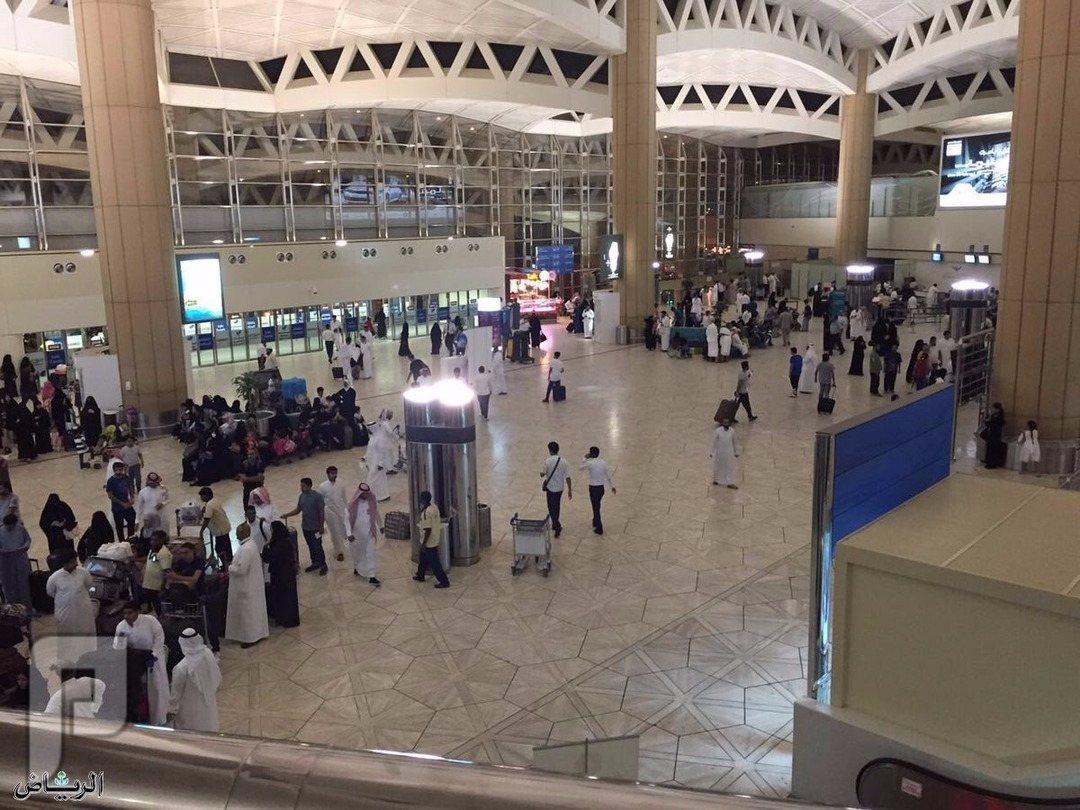 دخول المملكة عبر التأشيرة السياحية