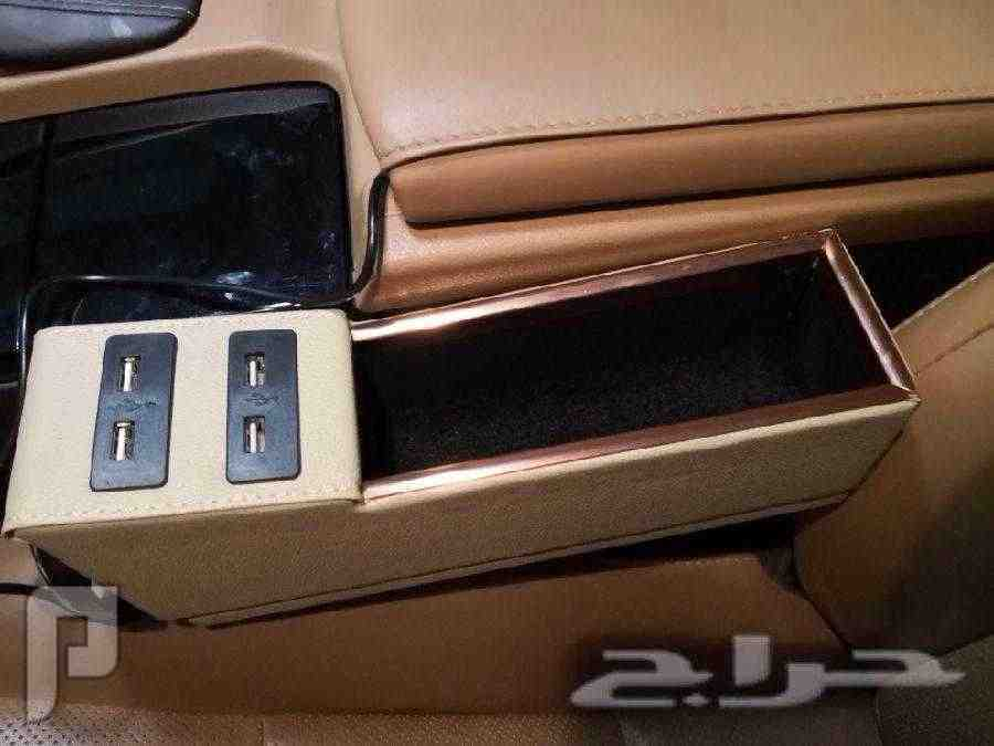 تكاية سيارة ب4مداخل USB ب50 ريال آخر حبة
