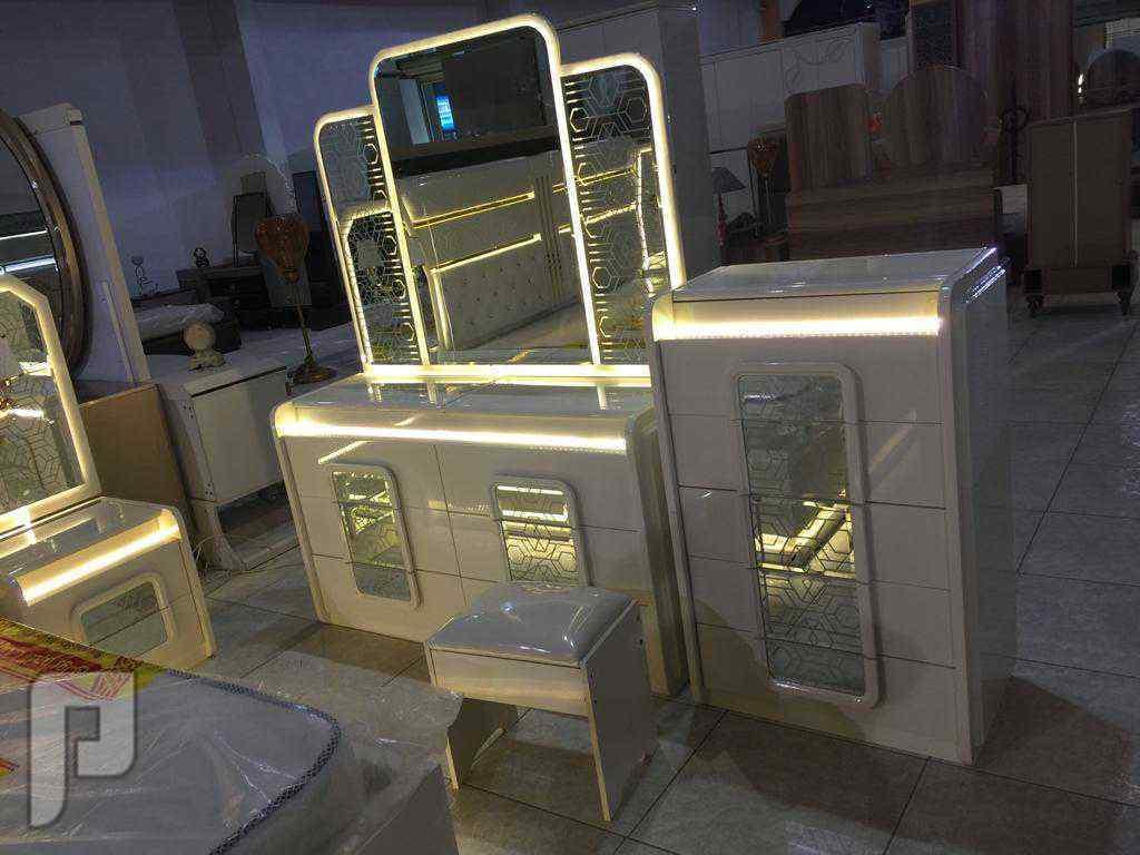 غرف نوم مميزة وانيقة مع تركيب لجدة ومكة وطائف