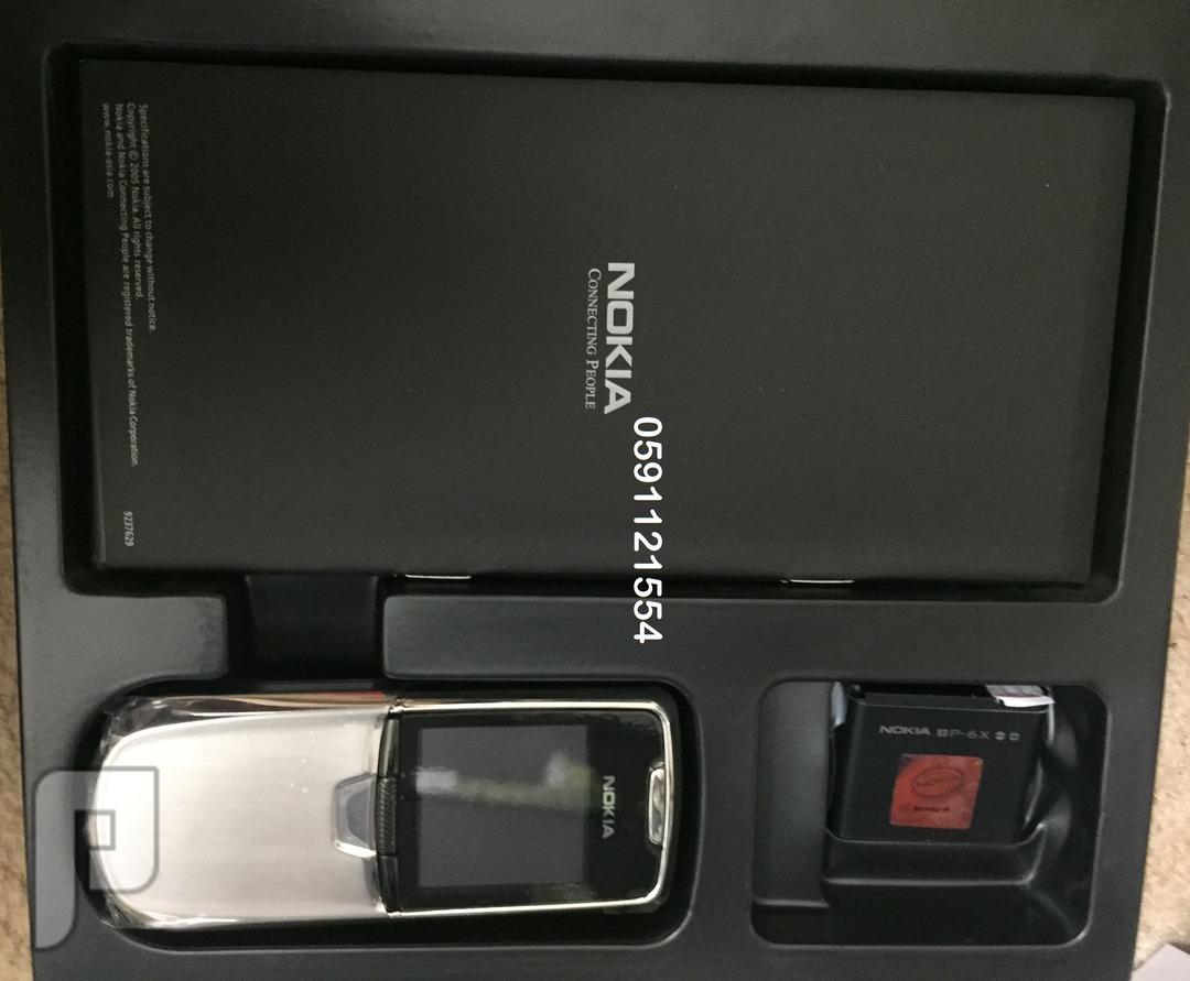 جوال نوكيا Nokia 8800 كلاسيك لون فضي أصلي يسمى نوكيا الفولاذ