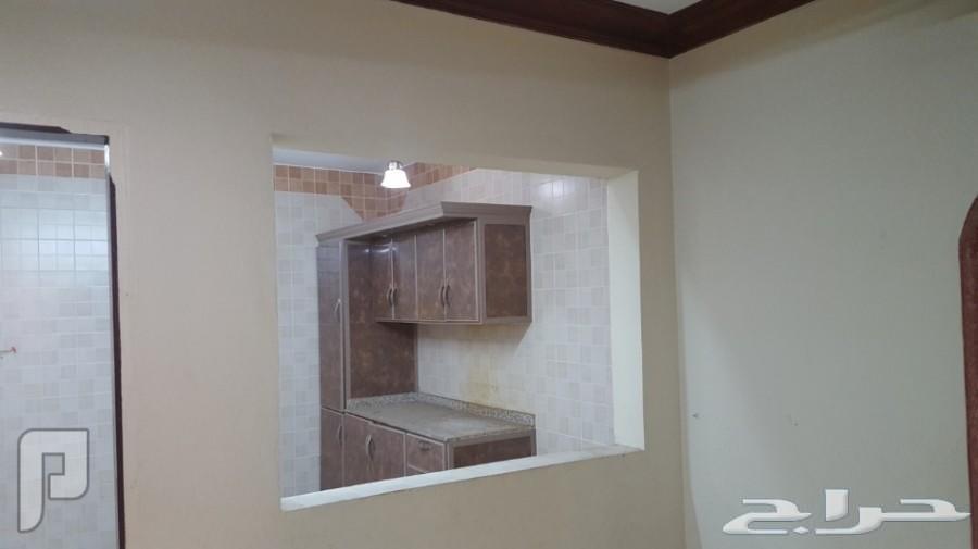 شقة 3 غرف وصالة دور اول النهضة
