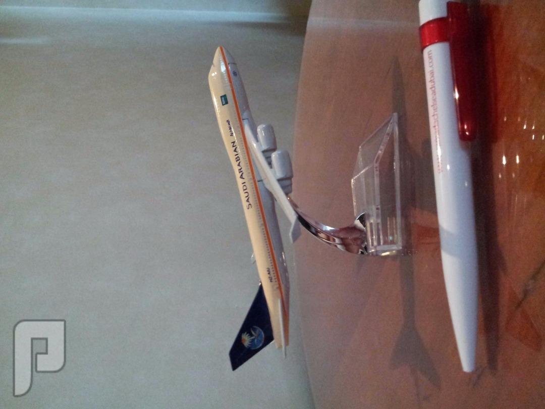 مجسم طائرة الخطوط السعودية 100ريال