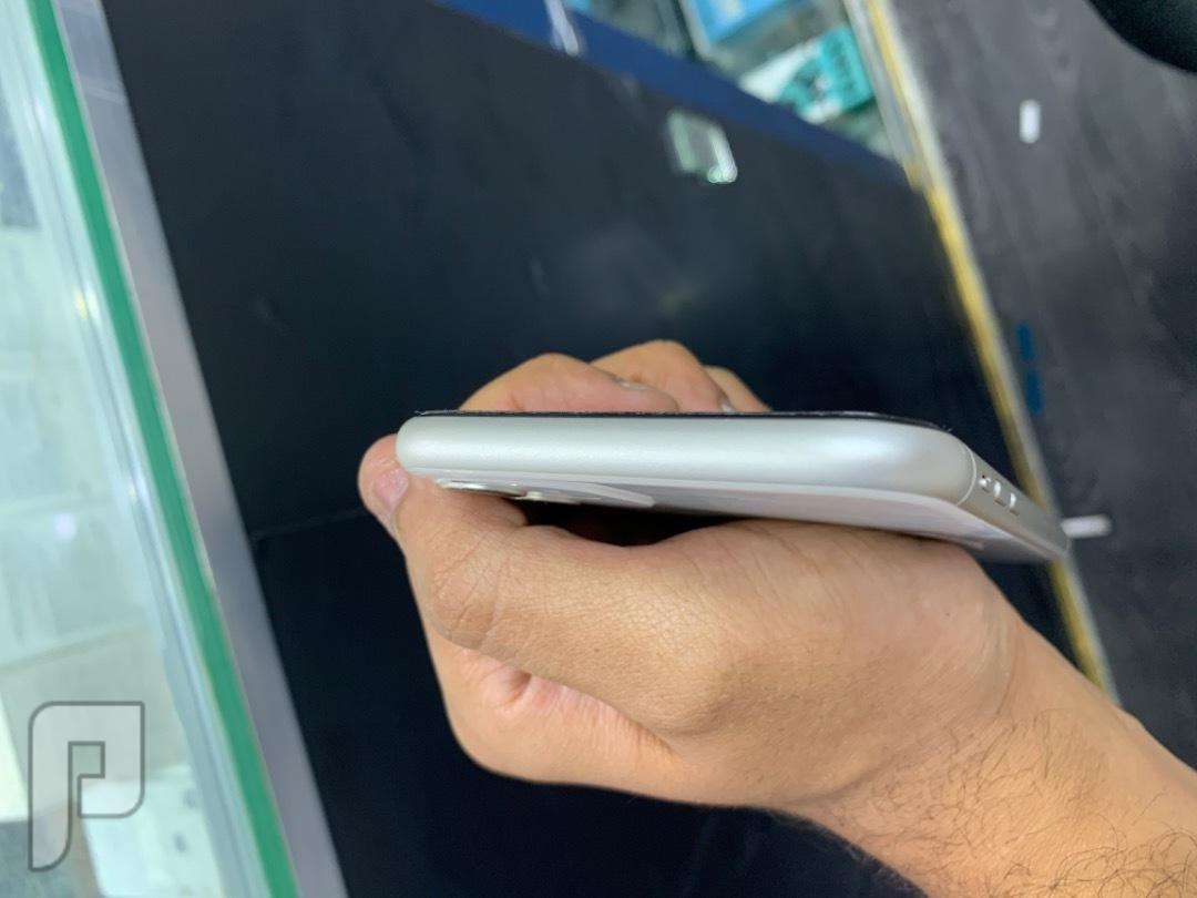 للبيع ايفون 11 كامرتين مستخدم