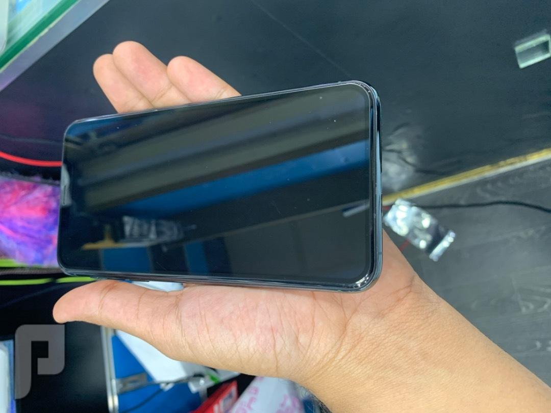 للبيع ايفون 11 برو ماكس 256 اخضر مستخدم